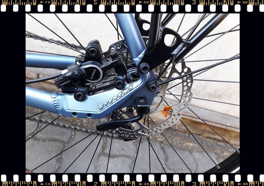 stevens 6x tour trekking kerékpár hátsó tárcsafék