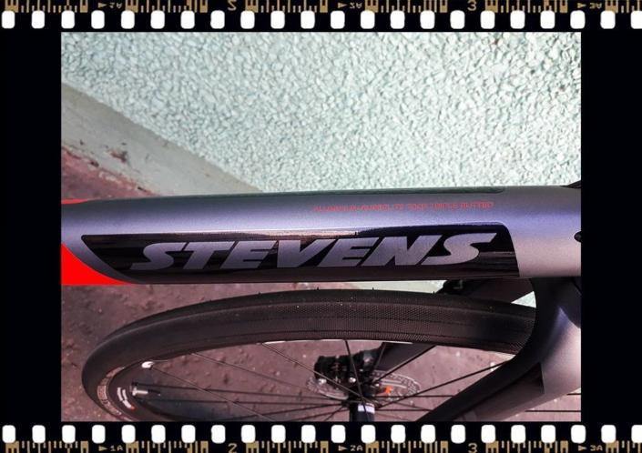 stevens strada 800 trekking kerékpár alu vázas