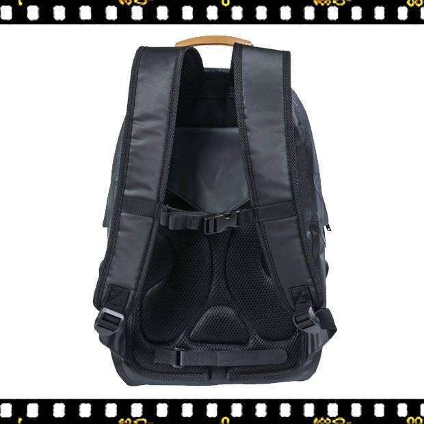 basil urban dry biciklis hátizsák pántja
