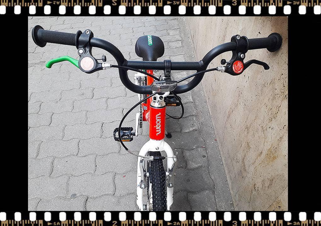 woom 3 piros 16-os alu vázas gyerek bicikli eleje