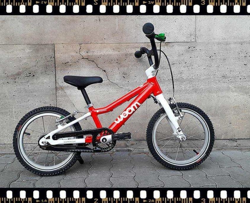 woom2 14-es méretű piros gyerek bicikli
