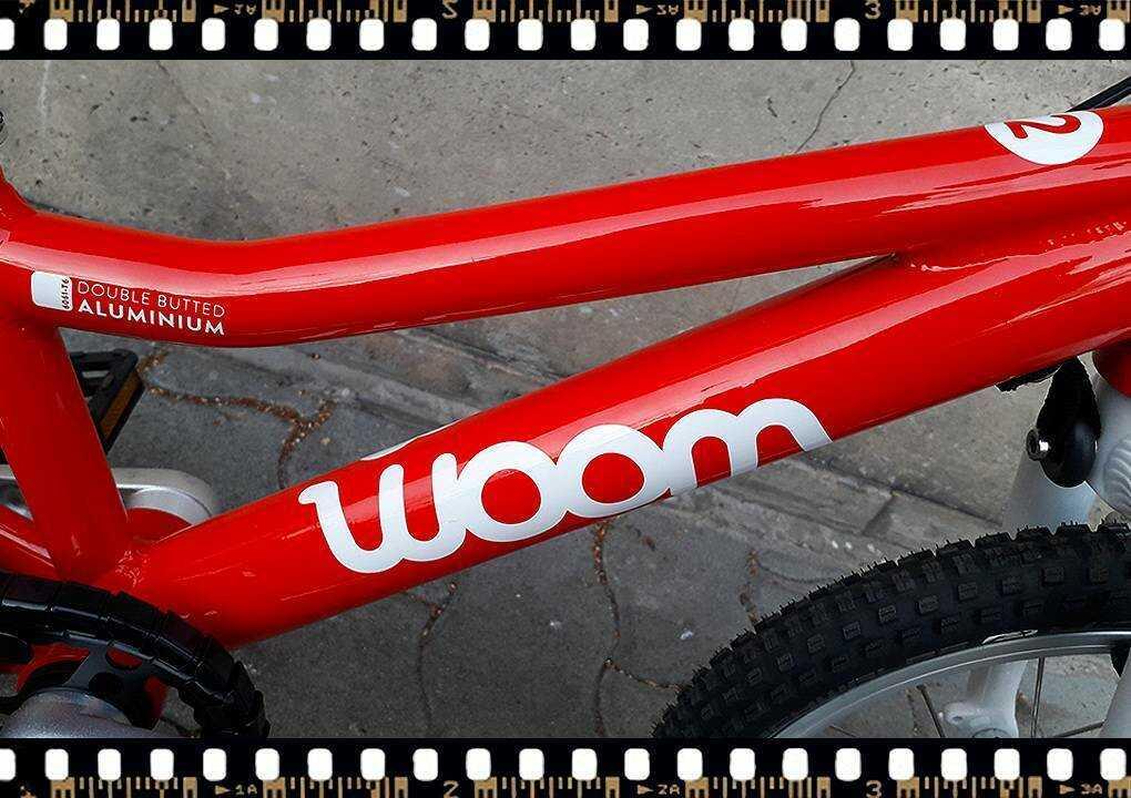 woom2 14-es méretű piros gyerek bicikli váz